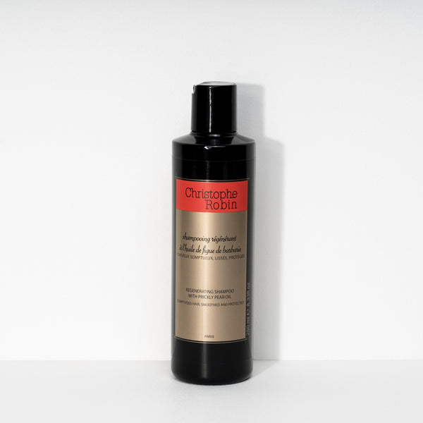 Regenerating Shampoo With Prickly Pear Oil
