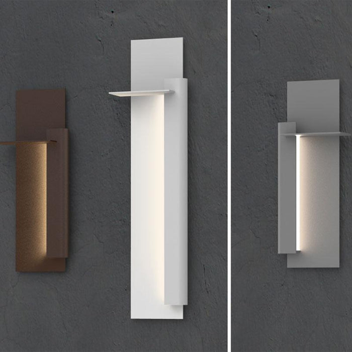 Backgate LED Outdoor Wall Light - Display