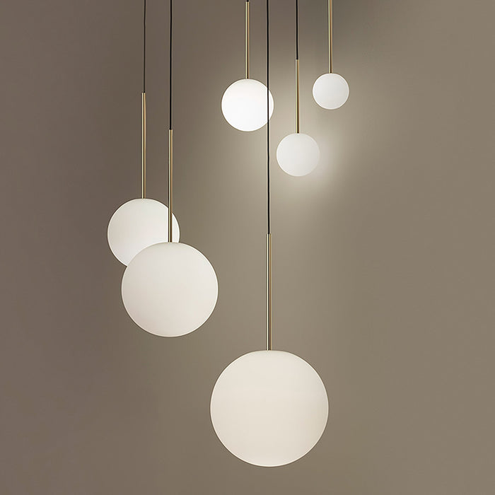 Bola 3-Light Sphere Chandelier - Display