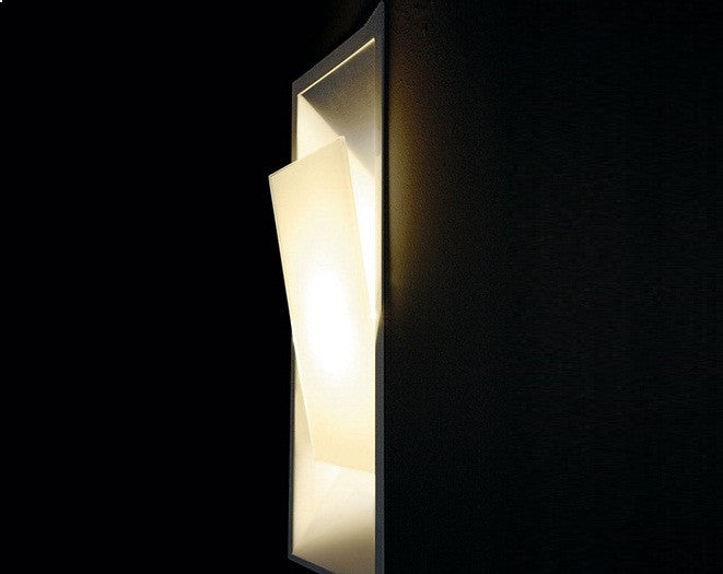 Cover Wall Lamp