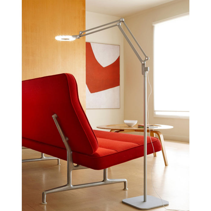 Link Medium Floor Lamp - Display
