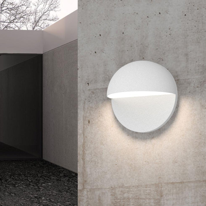 Mezza Cupola LED Outdoor Wall Sconce - Display