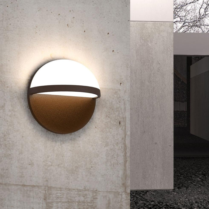 Mezza Vetro LED Outdoor Wall Sconce - Display