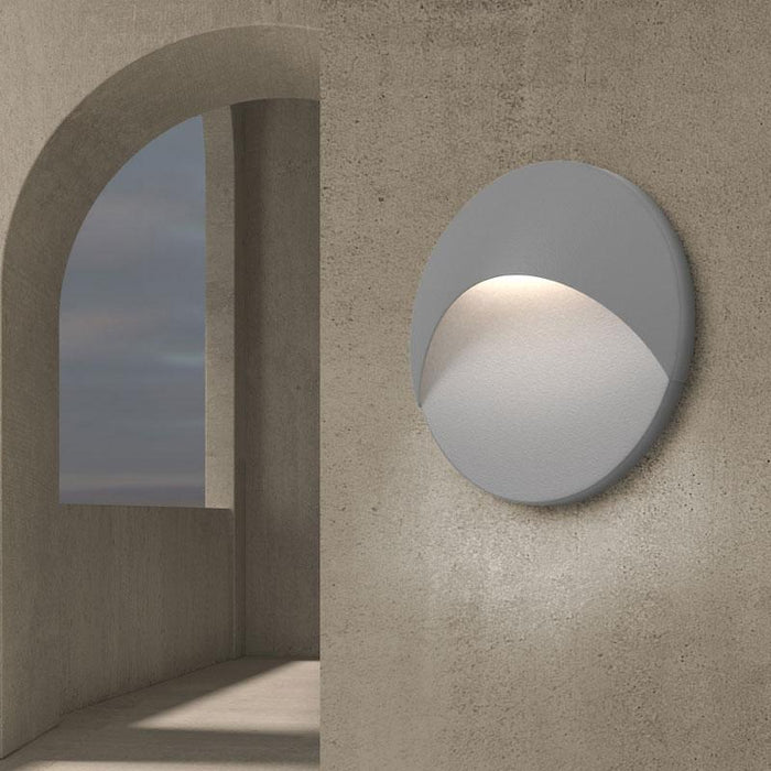 Ovos Round LED Outdoor Wall Sconce - Display