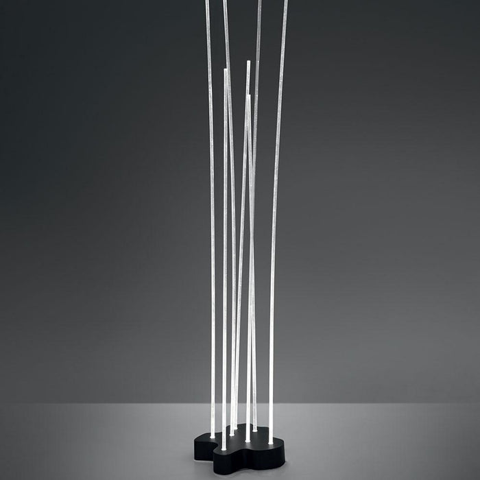 Reeds Outdoor Small LED Floor Lamp