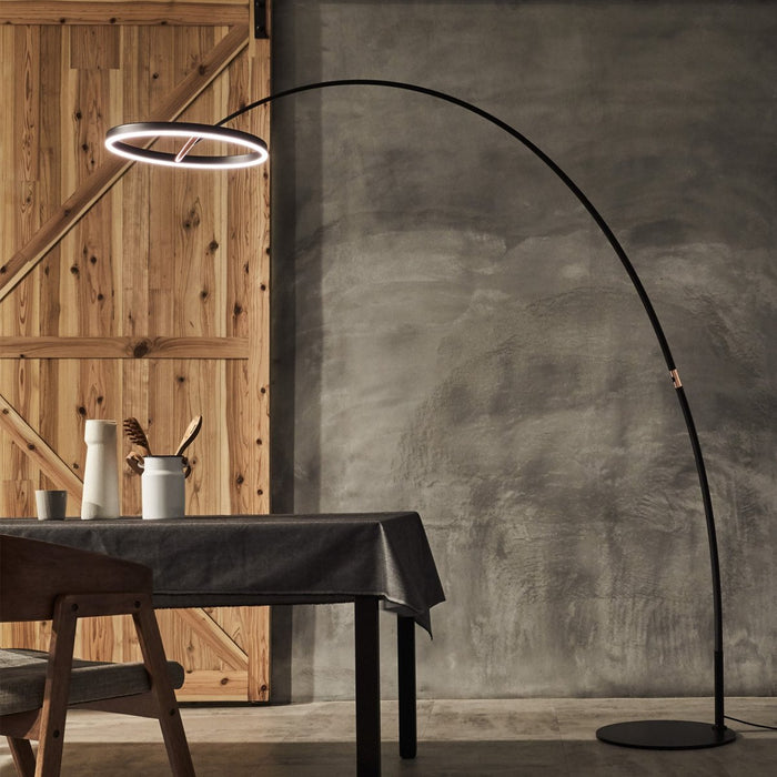 Sol LED Mega Floor Lamp - Display