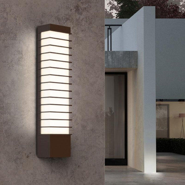 Tawa Slim LED Outdoor Wall Sconce - Display