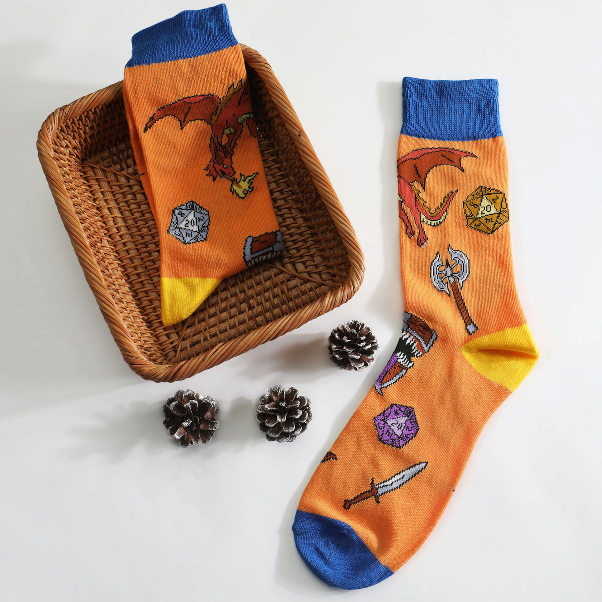 2 Pairs of Dungeons and Dragons DND Crew Socks Blue and Orange US Size 8 - 12 (EU 41-45)- only Available in US