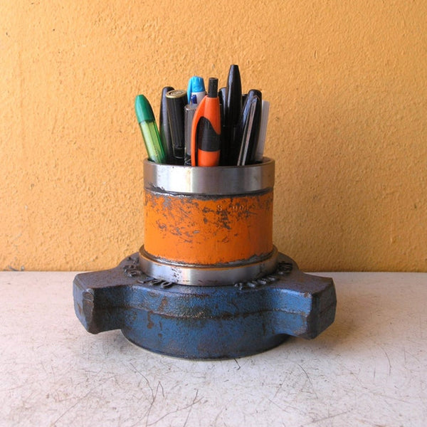 Unique metal pen & pencil organizer - PaulaArt