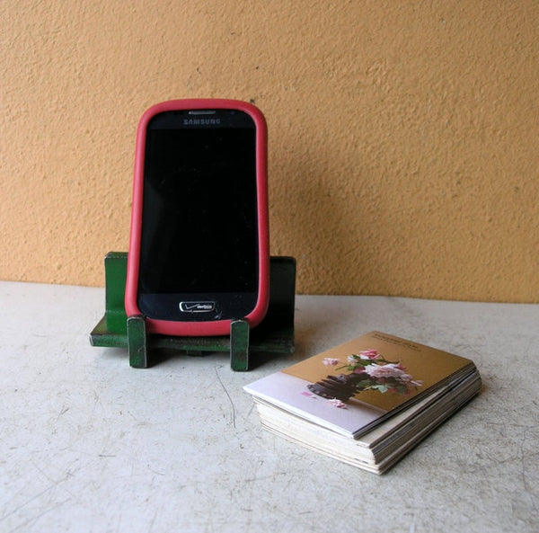 phone stand or card holder