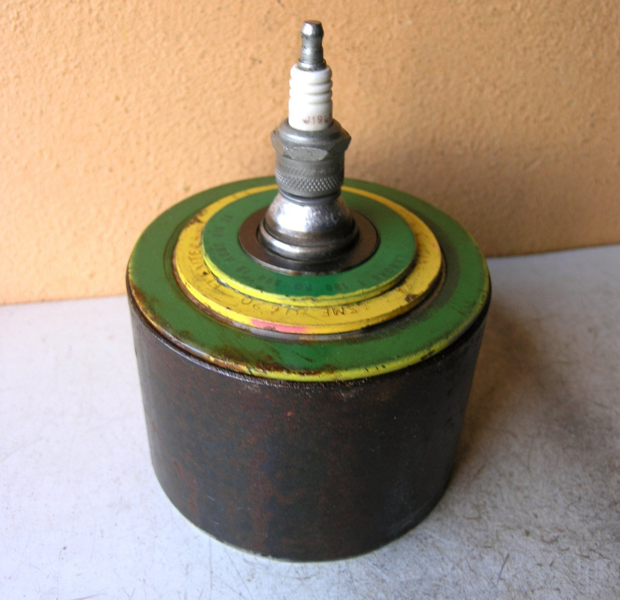 upcycled metal keepsake box with lid