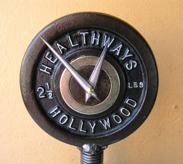 close up healthways hollywood table clock