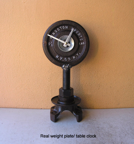 Industrial desk clock from real Kingston's weight plate