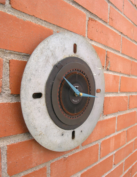 side view industrial wall clock - PaulaArt