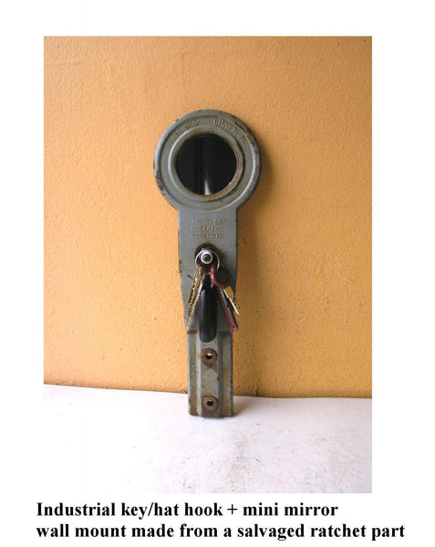 Industrial Gray vertical key hook with round mirror - PaulaArt