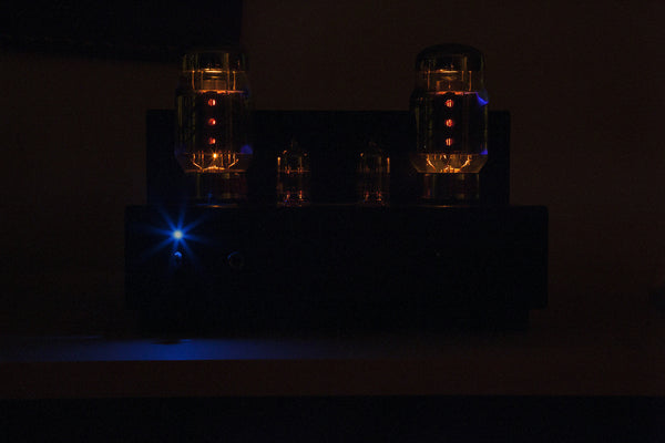 ELEKIT TU-8200 <br>VACUUM TUBE HEADPHONE + SPEAKER AMPLIFIER