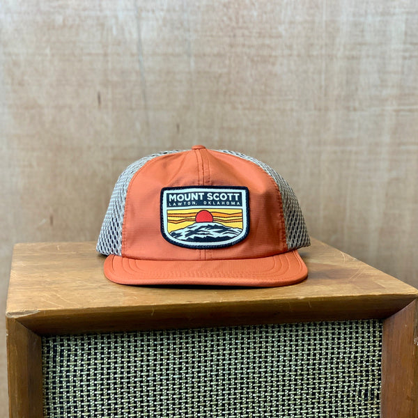 Custom Mount Scott Runners Cap