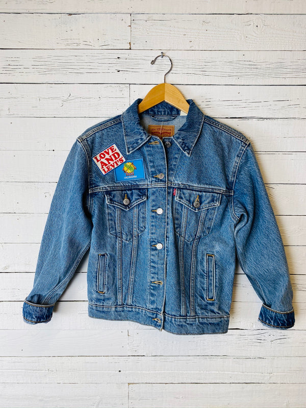 Women's Love and Levi's Trucker