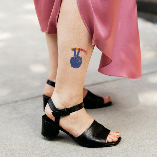 Tattly Single Tattoos - Peace and Love