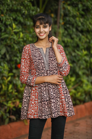 Red and Black Floral Handcrafted Short Kurti