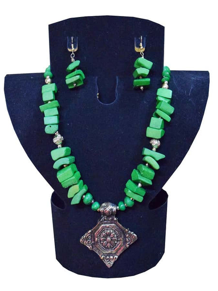Green Necklace and Earrings Set - PurpleTulsi.com