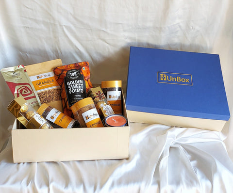 products/Gourmethamper1-Royalbluebox2.jpg
