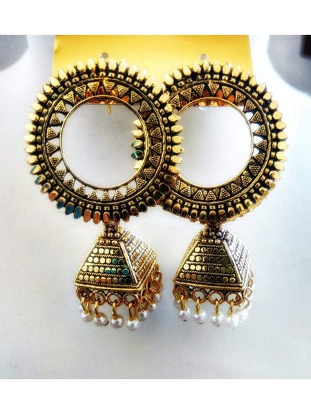Beautiful Golden Color Earring
