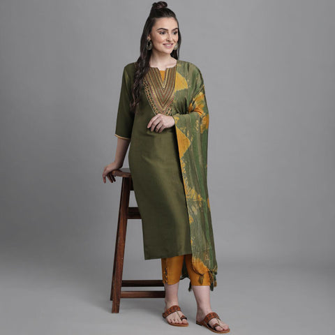 Green Chinon Embroidered Straight Cut Suit