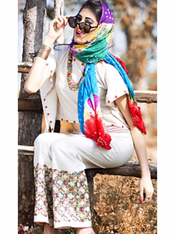 Exotic work in White Palazzo Pant - PurpleTulsi.com  - 1