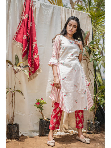Designer & Beautiful Off-White Color Western Look Anarkali Kurti with Bottom