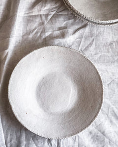 Set of 4 Dot Rim Dinner Plates
