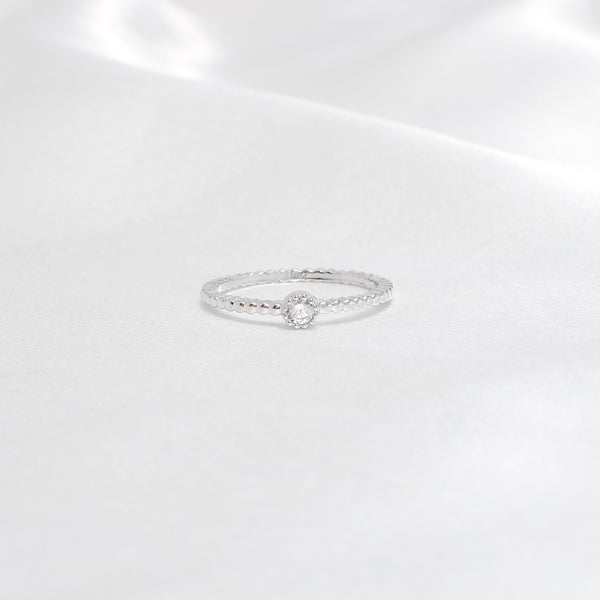 Ella Pure Simple Pinky Ring
