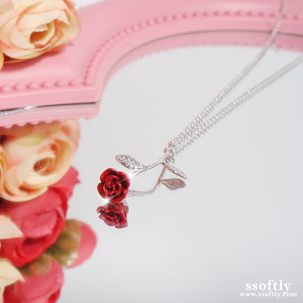 Beauty & The Beast Rose Necklace [Two-two]