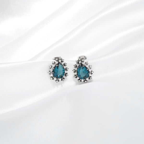 Classy Tear Drop Stud Earrings [Hotel De Luna]
