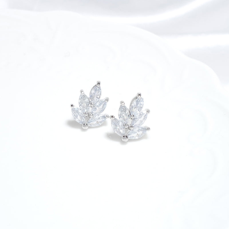 Edelweiss Earrings [CLOY Collection]