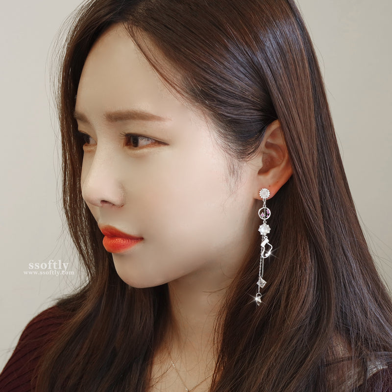 Hello Santa Earrings [Merry Happy]