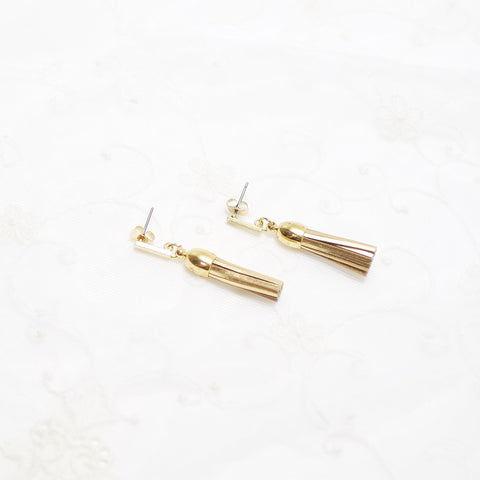 Claire Gold Tassel Earring