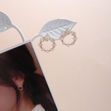 Shine Memory Round Earrings [The Beauty Inside]
