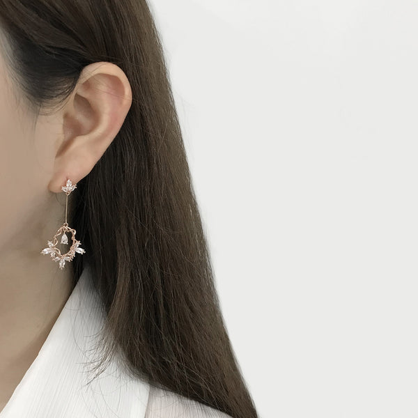 Juliet's Choice Earrings [Two-two]