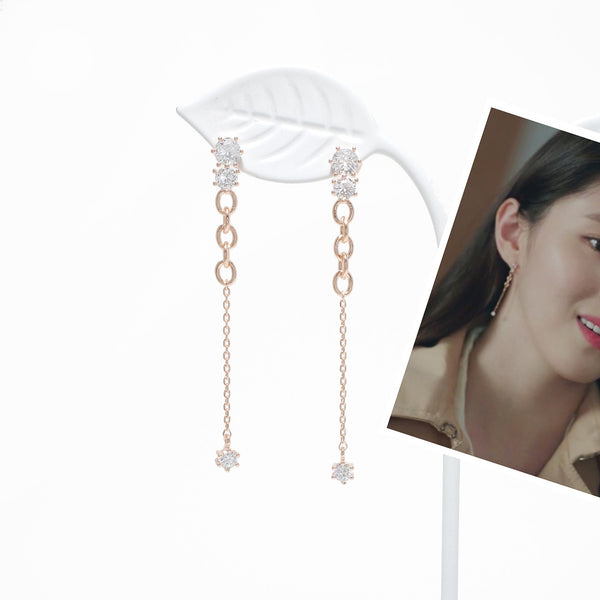 Laluce Chain Bling Earrings [The World Of Marriage]