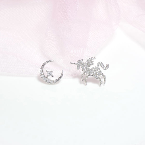 Moonlight Unicorn Earrings In Rose Gold
