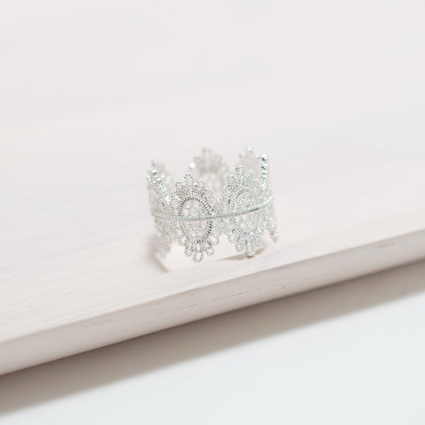Swan Lace Ring