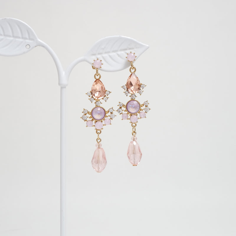 Scene Stealer Antique Earrings  [Del Luna]