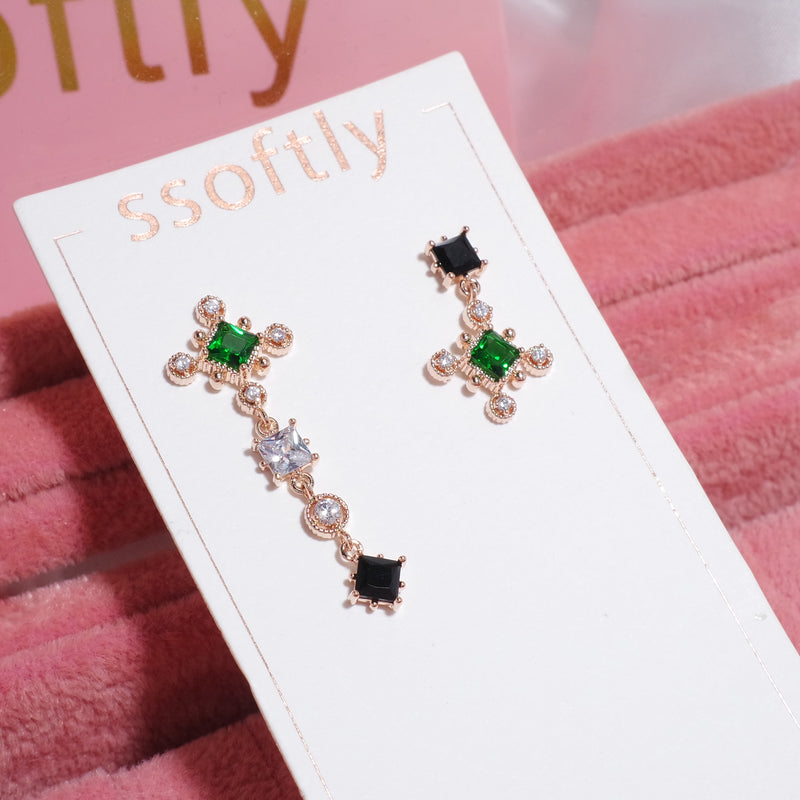 A Midsummer Night's Dream Earrings [CLOY Collection]