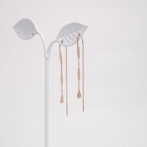 Water Drop Slim Chain Earrings [Her Private Life]