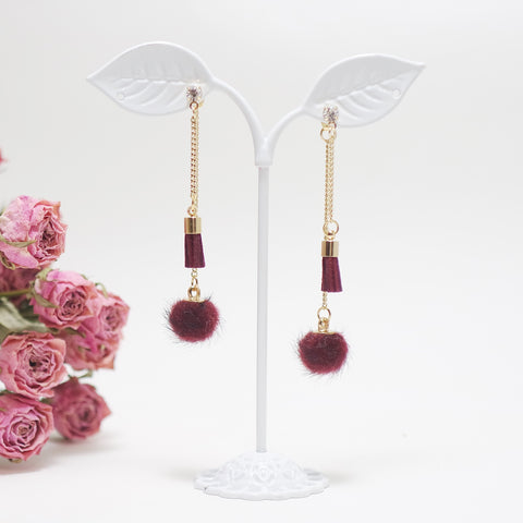Sally If I Were You Pomi Tassel Earrings [Ssoftly's Winter]