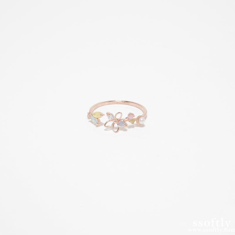 The Meaningful Moments Ring