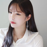 Stay Beside Me Earrings [Fall In Love]