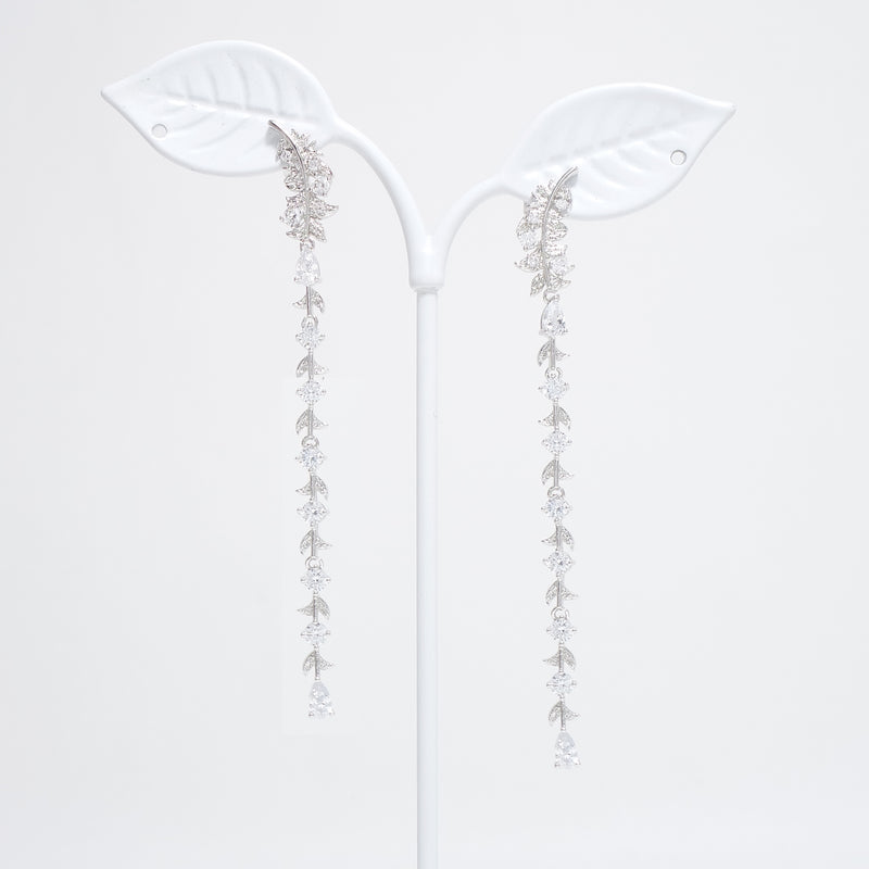 My Lost Wing Earrings [CLOY Collection]