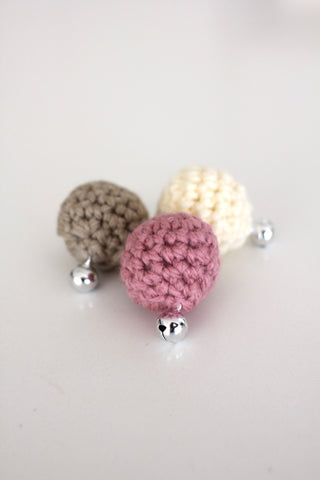 Cat Crocheted Bell Ball Toy